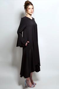 שמלה אסימטרית שחורה