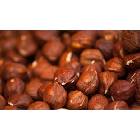 """אגוזי לוז אורגניים - החל מחצי ק""""ג"""