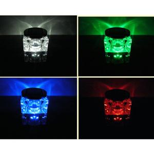 מנורת לד סולארית לגינה  גוף קרסטל עם צבעים מתחליפים