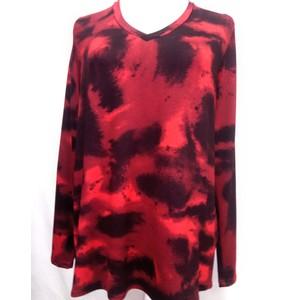 חולצה בטיק אדומה