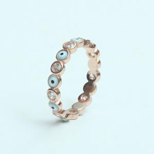 טבעת עיניים רוז גולד