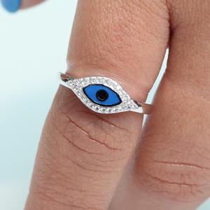 טבעת עין כחולה