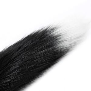פלאג מתכת עם זנב שועל שחור