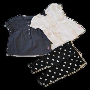 סט 3 חלקים: 2 שמלות אפור לבן ומכנס שחור עם לבבות