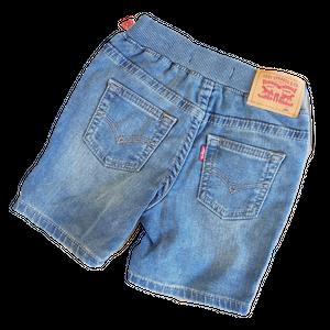 ליוויס שורט ג'ינס כחול בהיר משופשף