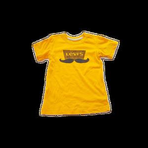 חולצת טי שירט ליוויס שפם צהוב