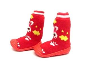 נעלי הליכה לילדים קטנים בשילוב גרב - מונעים החלקה ומשפרים יציבות
