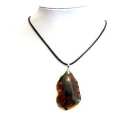 תליון אבן לבורייט +שרשרת עור
