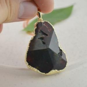 תליון אבן קוורץ -אגת שחורה במבחר דגמים לבחירה