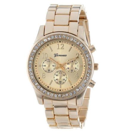 שעון מרשים ואופנתי לאישה זירקונים