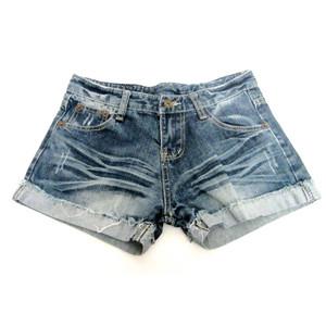 מכנס גינס קצר לאישה לימי הקיץ החמים תואם M