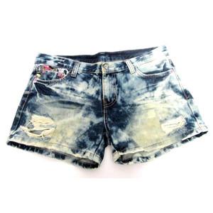 מכנס גינס קצר לנשים תואם מידות XL-XXL