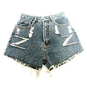 מכנס ג'ינס קצר לאישה מראה קרעים תואם מידה XS-S