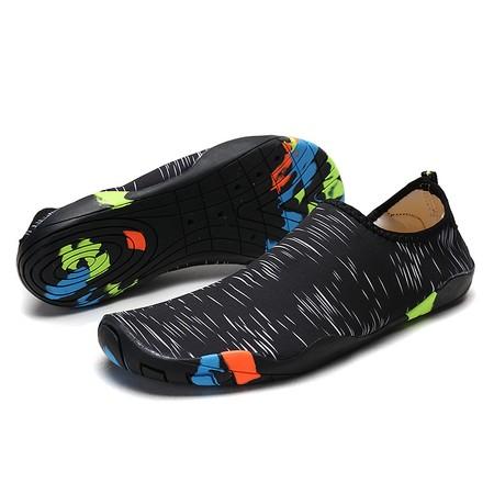 נעלי חוף ים / טיולי חופים נוחות להפליא ונגד מים - מידות גברים ובמבחר צבעים