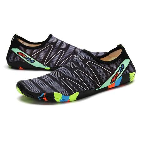 נעלי חוף ים / נעלי  ים / בריכה משובחות נוחות ונגד מים - במראה ספורטיבי - מידות גברים