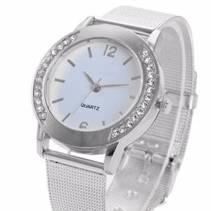 שעון יד מרשים לאישה בשילוב זירקונים רצועת אל חלד