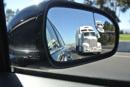 מראות למשאית ולרכב