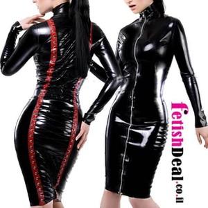 שמלה שחורה עם מחוך