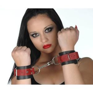 אזיקי עור עבודת יד בצבע שחור ואדום