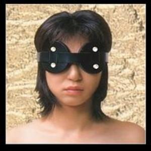 כיסוי עיניים מעור