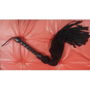שוט מעור שחור עם ידית מעוצבת 36 זנבות אורך 86 סמ