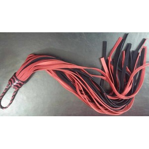 פלוגר מעור אדום שחור 36 זנבות זמש אורך 66 סמ