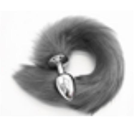 זנב ארוך בצבע אפור מפרווה סינטטית עם פלאג מתכת קטן