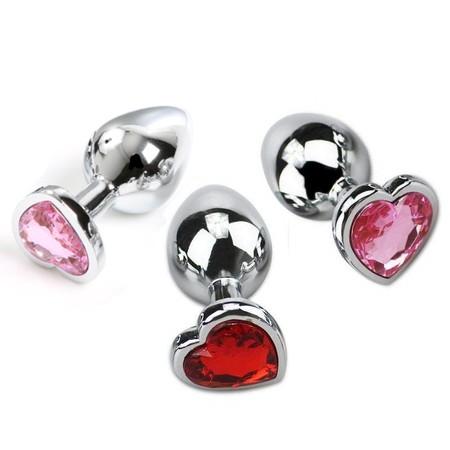 """פלאג מתכת בינוני עם קישוט יהלום בצורת לב קוטר 3.5 ס""""מ"""