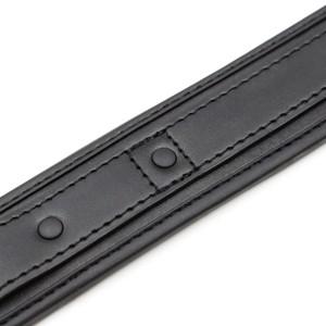 קולר נאופרן שחור עם רצועת מתכת שחורה