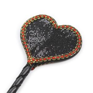 קרופ לב שחור או אדום - אביזרי מין לנשים - משלוח עד הבית