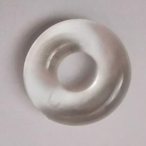 טבעת עבה ונמתחת לשמירה על זקפה